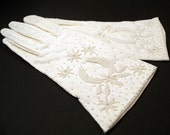 Vintage Couture Hand Beaded White Evening Gloves Size 7 Glass Beads