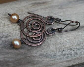 Rustic Solid Copper Swirled Dangle and Fresh Water Pearl beads earrings N.4 - simplistic  artisan everyday wear , copper swirls , bohemian