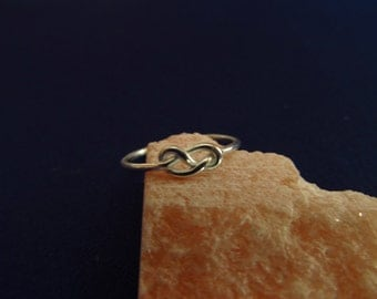 eight knot ring sterling silver, simple knot, double knot ring