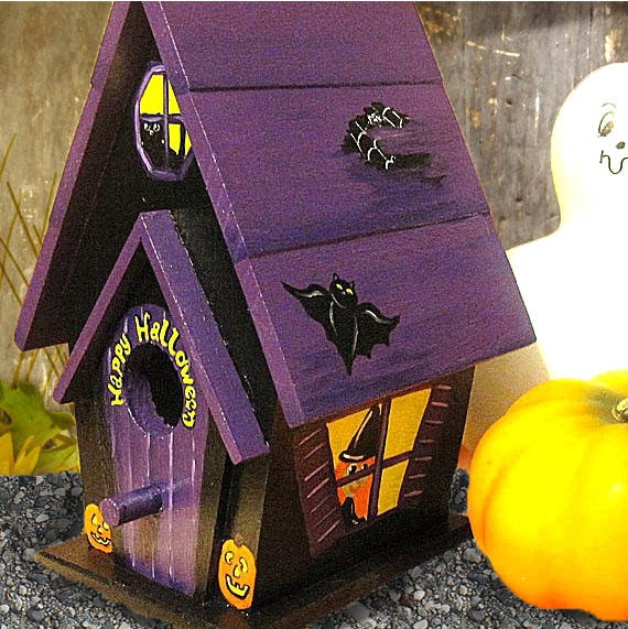 Halloween Decorative Painted Birdhouse