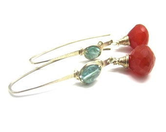 Carnelian and Apatite Elongated Earring