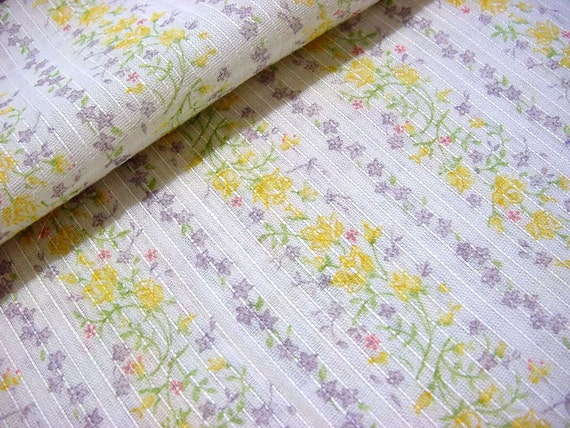 Sweetest Vintage 60s 70s Dimity Fabric With Little Yellow