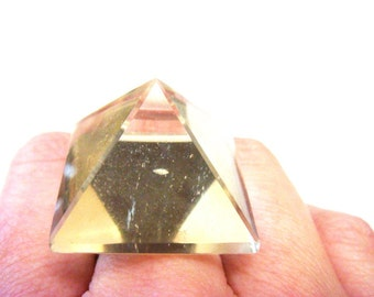 Glowing Crystal Pyramid Ring
