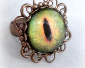 Creepy Cute Eyeball Ring Halloween Jewelry Gothic Ring Moss Green Ring for Girlfriend  Creepy Jewelry Halloween Ring Dragon Eye Jewelry