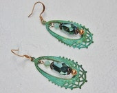 BOHO GYPSY WESTERN Earrnings / Dangle Drop Green Earrings / Statement Earrings / Verdigris Patina Earrings / Drop Earrings - GYpSy OvaLs