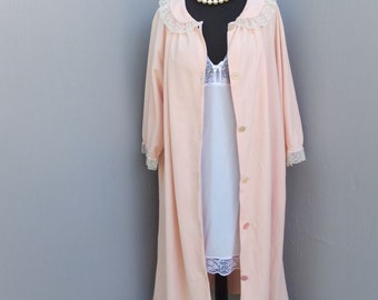 Vintage 1950s STELLA FAGIN Velour Robe, House Robe, Bath Robe, Lounge Wear, Medium