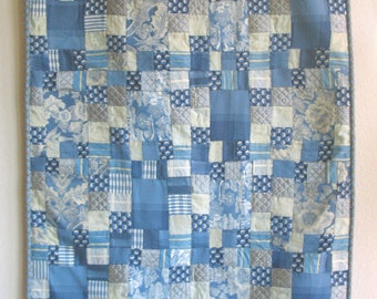 "Elegant Hand-sewn, Quilted Throw/Tapestry – Blue/White – 34"" x 56"""