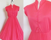 Vintage 1970's Pink Day Dress / Bright & Light Summer Pleated Skirt 60's 70's Sundress Size Small