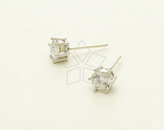 SI-667-OR / 2 Pcs - 5mm Tiara Round CZ Stud Earrings, Silver Plated, with .925 Sterling Silver Post / 5mm x 5mm