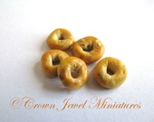 1:12 Five Loose Blueberry Bagels by IGMA Artisan Robin Brady-Boxwell - Crown Jewel Miniatures
