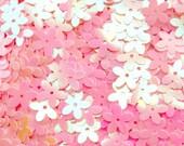 Floral Confetti / Mini Flower Sequin / Fake Toppings (AB Pink / 10mm / 4g) Sakura Plum Spring Decoration Card Making Scrapbooking SPK95