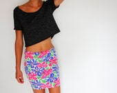 Vintage 80's floral mini skirt, EXPRESS, cotton / lycra, bodycon, fitted, paintbrush floral - Small