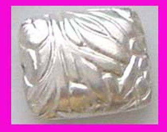 2pcs bright sterling silver pillow flat bead with bamboo leaf pattern stamped bead spacer B57