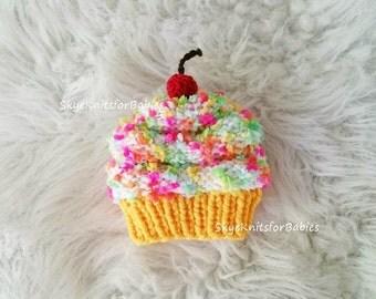Cupcake Hat, Baby Cupcake Hat, Newborn Cupcake, Infant Cupcake Hat, Baby Cupcake Beanie, Baby Hat, Preemie - Toddler, Newborn Photo Prop