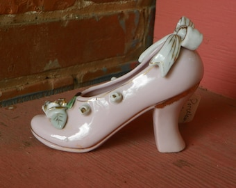 Pretty Pink Porcelain High Heel Shoe With Roses and A bow Shabby Chic Collectible