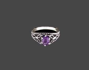 Knotwork and Gemstone Ring in Sterling Silver