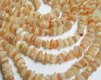 Mix Moonstone - pebble chip stone beads  - 16 inch - Peach moonstone - milky moonstone - PSC163