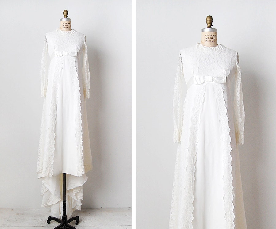 Vintage 1960s Wedding Dress Lace Wedding Dress 60s Bridal