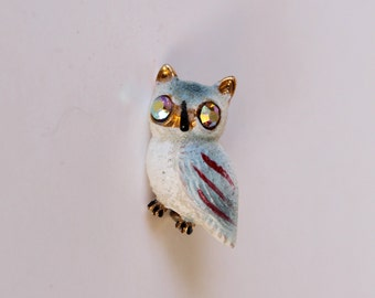 Vintage 1950s Blue and White Painted Owl Brooch/Pin with Rhinestone Eyes