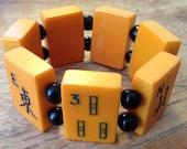 Bakelite Mah Jongg Tiles Handmade Elastic Bracelet Black Glass Beads Butterscotch