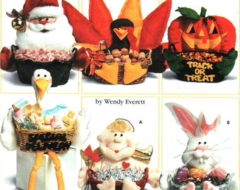 Halloween Holiday Treats Basket Pattern, Christmas ,Thanksgiving, Baby Shower, Valentine's Day, Easter Rabbit, Gift -  Simplicity 7039 UNCUT