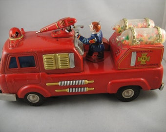Chemical Extinguisher Fire Truck Tin Toy Japan