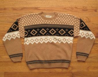 womens vintage Diane Von Furstenberg sweater
