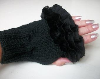 Fingerless Gloves Victorian  Mittens Halloween Knitted Wristwarmers Ruffle Goth