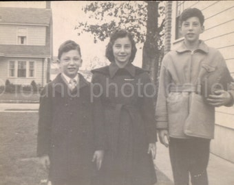 Vintage Photo, Brothers and Sister, Family Photo, Black & White Photo, Found Photo, Snapshot, Vernacular Photo, 1950's Teens   AUGUSTINE1457