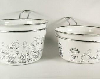 Vintage Enamel Pots Removeable Handles  Retro 1970s 1980s Kitchen Sauce Pot