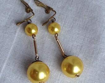 Vintage 1950s Yellow Faux Pearl Drop Earrings