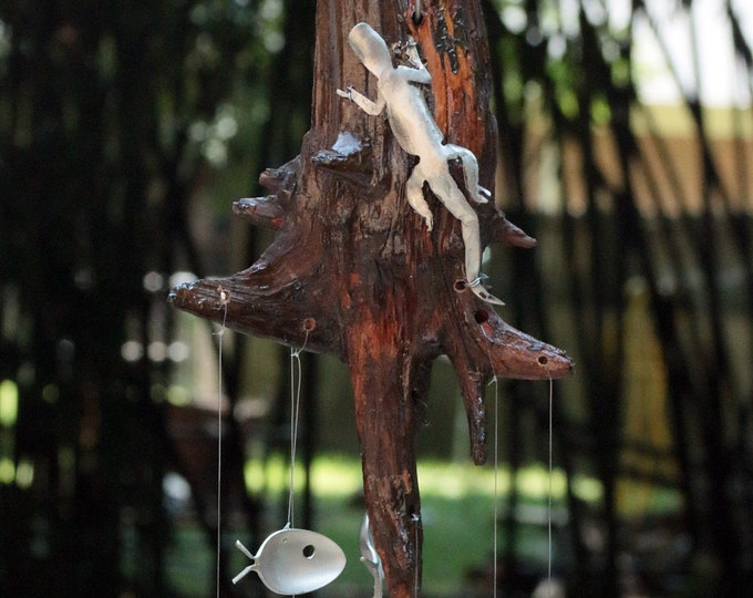 Lazy Lizard Driftwood & Spoon Fish Wind Chime - Upcycled Silver Plated Flatware Reptile Garden Art - Nature Lover Gift - Reptile Lover Gift