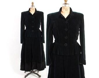 Vintage 40s COAT / 1940s BLACK VELVET Peplum Princess Winter Coat S