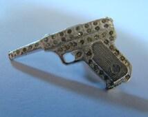 YSL Yves Saint Laurent James Bond 007 Gun Pin