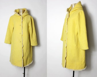 1980 Korean Light Lemo/egg yolk  Hooded Wool Jacket with fur trim