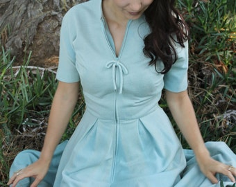 NANTUCKET Vintage 1940's  Sweater Dress Self Fabric Belt Tea Length Short Sleeves Pale Blue