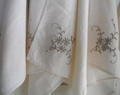 vintage napkins embroidered napkins cream cotton napkins shabby chic french country rustic wedding decor square napkins - 7 pieces