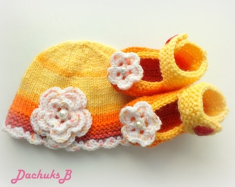 Hand knitted newborn  baby  Mary Jane shoes and Hat set in red yellow orange shades