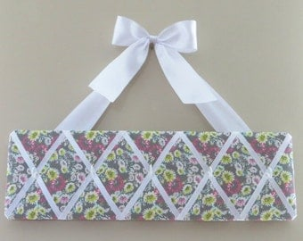 READY TO SHIP, - Original Girls French Accessory Hanger and Bow Holder - 5 hooks
