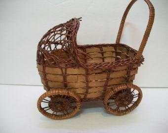 Vintage Wicker Basket, Baby Buggy Basket, Baby Shower Decoration, Baby Carriage Wicker Basket,