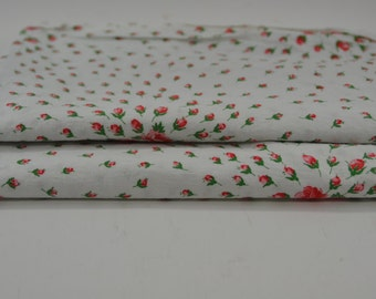 Vintage Red Rose Fabric 1 yard
