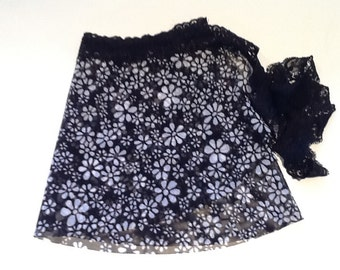 YOUTH/CHILD Ballet/Dance wrap skirt in Black and White Daisy Print