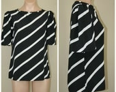 Vintage 80's Black and White Scoop Neck Striped Polyester Top Blouse size M 8
