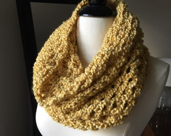 Yellow Cowl Scarf, Crochet Infinity Scarf, Hand Knit Cowl Scarf, Chunky Scarf, Chunky Knit, Winter Accessories