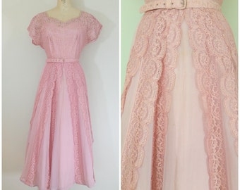 Vintage 1950s Prom Dress / Pink Lace Dress / 50s Formal Dress / Medium