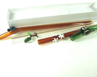 Gift Set of 4 Critter Straws- FREE Cleaning Brush- Daisy, Branches, Ladybug, Gecko Lizard (303)