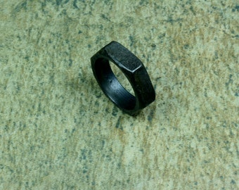 9 -- Steel nut ring -- i11671