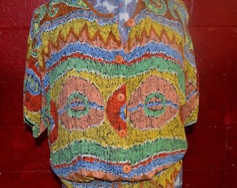 Very bright button up blouse size S