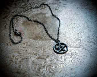 Pentagram Necklace, pentagram pendant, pentacle, pagan, pagan jewelry, wicca, wiccan necklace, witch, witchcraft, witchy, gunmetal