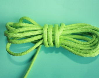 4 mm Light Green Waxed Cotton Cord = 7 Yards = 6.40 Meters of Cotton Braided Cord - Cotton Rope - Macrame Rope